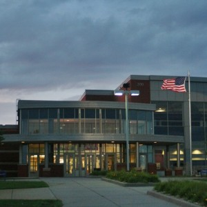 05122_HastingsHighSchoolFront
