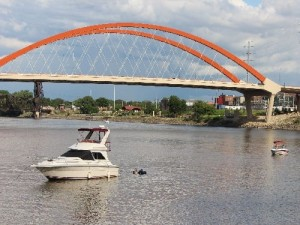 05269_HastingsRiverSummerBridge